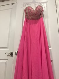 Long strapless prom dress Toronto, M1K 4E3