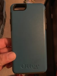 iPhone 7 otter box Flowery Branch, 30542