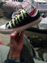 Women's size 7 Chuck's Taylor's