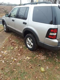 Ford - Explorer - 2006 Columbia