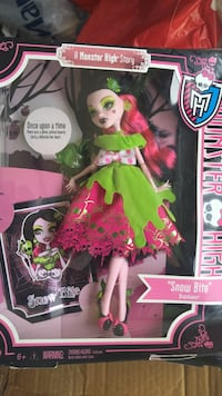 Monster High Snow Bite doll not negotiable San Lorenzo, 94580