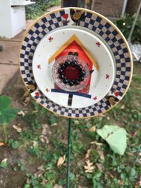 Yard Art plate.  So cute for the garden. St. Louis, 63110