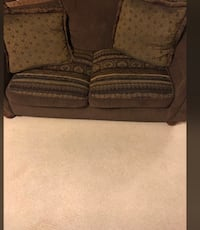 4 piece couch set bring a truck and 200$ and its yours Nashville, 37027