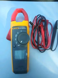 black and red Fluke multimeter Carlsbad