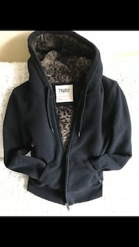 Aritzia TNA Faux Fur Lined Hoodie Size:S