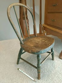 Pending Pick up Small/Doll chair Laurel, 20724
