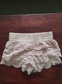 white knitted lace mini skirt New Albany, 47150