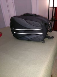 black and gray duffel bag Pooler, 31322