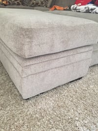 Sofa ottoman BRAND NEW NEVER USED Des Allemands, 70030