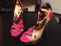 pink-and-white floral platform pumps Brampton, L6P 2R8
