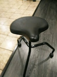 black leather padded rolling chair 2273 mi