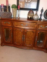 brown wooden cabinet with mirror Edinburg, 78542