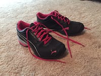 Puma tazon size 7 Mount Airy, 21771