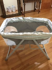 Portable bassinet Chicago, 60632