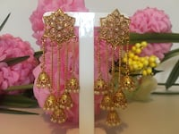 golden 5 jhumki earrings with saharas $35 without saharas $30 Edmonton, T6T 0M7