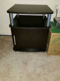 black and gray table/stand  Fenton, 48430