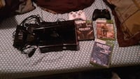 Xbox 360 with kinect 2 controllers and 3 games Walker, 70785