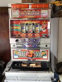 Bulldog/machines excellent condition working