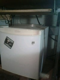 White mini fridge Orillia, L3V 7P4