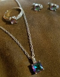 Necklace, ring and earrings  Campbell, 44405