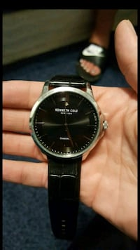 Kenneth cole diamond watch w/ extra band Wanette