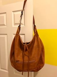 Be & D genuine leather hobo bag New York, 11103