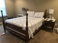Solid wood Cherry Queen bed and dresser Murfreesboro, 37129