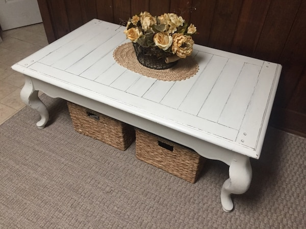 Cool Distressed White Beachy Coffee Table Dailytribune Chair Design For Home Dailytribuneorg