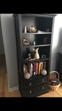 Book shelf/stand 36 km