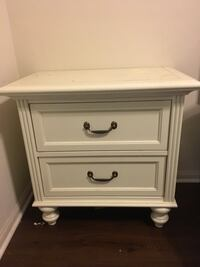 white wooden 2-drawer nightstand Los Angeles, 91601