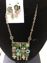 Necklace and earrings  set, enamel.  Mississauga, L5L 3E4