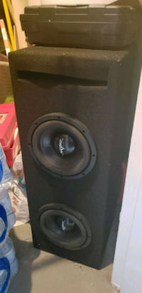 black Pioneer subwoofer with enclosure Alexandria, 22304