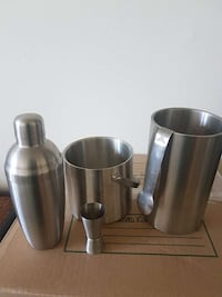 5 piece bar set Toronto, M3A 3A1