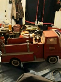 Antique fire truck for $300 as is