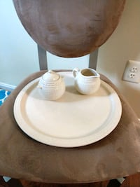 "14"" platter with matching cream and sugar bowl Ellicott City, 21043"