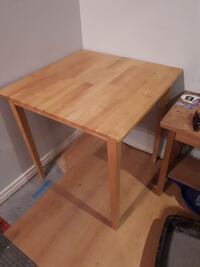 table legs come off.    Collingwood, L9Y 2Z7