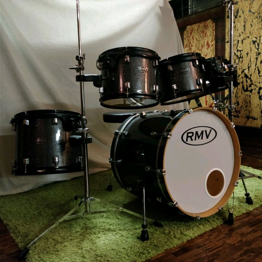 RMV maple drum kit