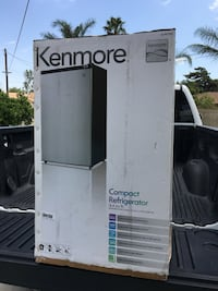 Kenmore mini fridge Fontana, 92335