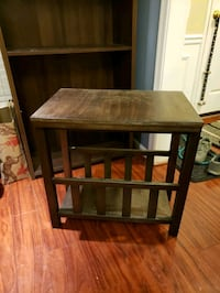 Wooden side or end table Fairfax, 22033