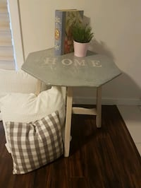 Rustic accent table Calgary, T2A 1L1