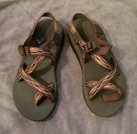 CHACO Men's Sandals Size 9 (two pairs)
