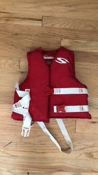 red and white life vest Lakewood, 98499