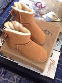pair of brown UGG boots with box Markham, L3R 9W1