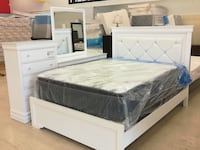 Queen bed dresser mirror. white and black both colors avail Hyattsville, 20781