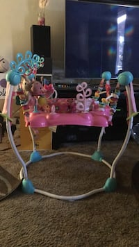 baby's pink and blue jumperoo Gilroy, 95020
