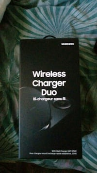 Galaxy wireless charger s8  Kitchener, N2E 3E7