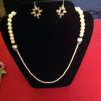Stylish Pearl Necklace Different Size Pearls and Black and Crystal with coordinating earrings! Saint Petersburg, 33701