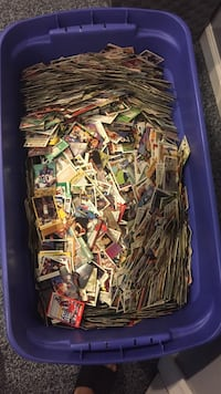 Bin of vintage sports cards  Ridley, 19081