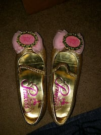Princess shoes from Disneys BBB. Size 9/10 girls  Montgomery, 12549