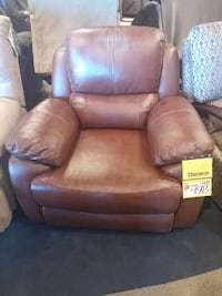 Leather Recliner Red Deer, T4R 3A2